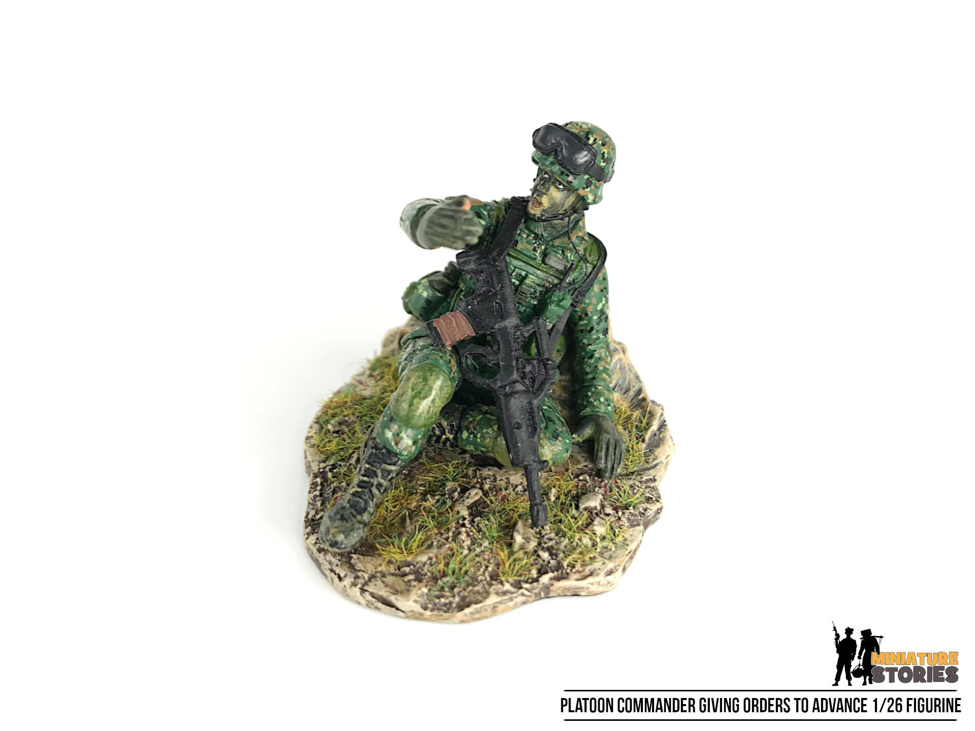 Singapore Army Platoon Commander PC figurine (top)